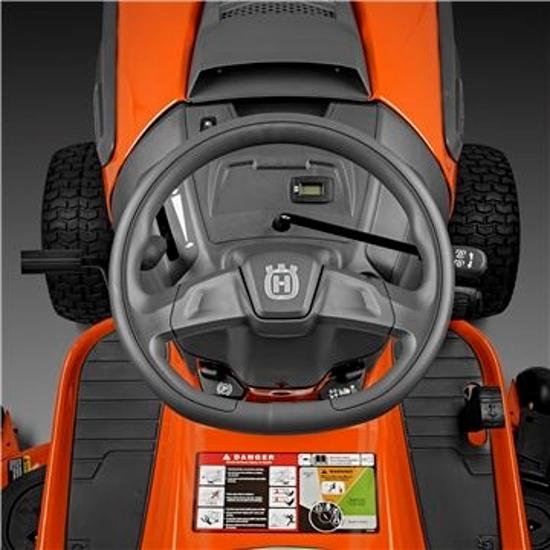 Fotografija izdelka Vrtni traktor Husqvarna TC 242T